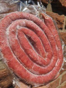 Linguiça de costela em formato caracol em espiral
